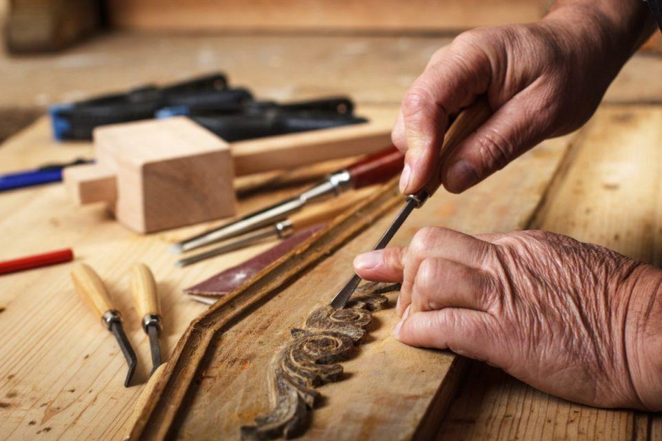 restauro-mobili-legno